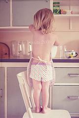 baking - bonita (che ritrae sua figlia) - new zealand